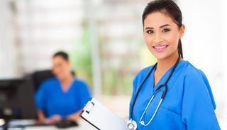新人看護師が直面する仕事のストレスとは?!人間関係の問題に振る舞わされない秘訣とは?